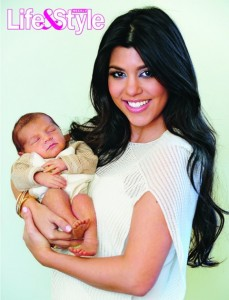 kourtney-kardashian-mason-dash-lifestyle-481x630