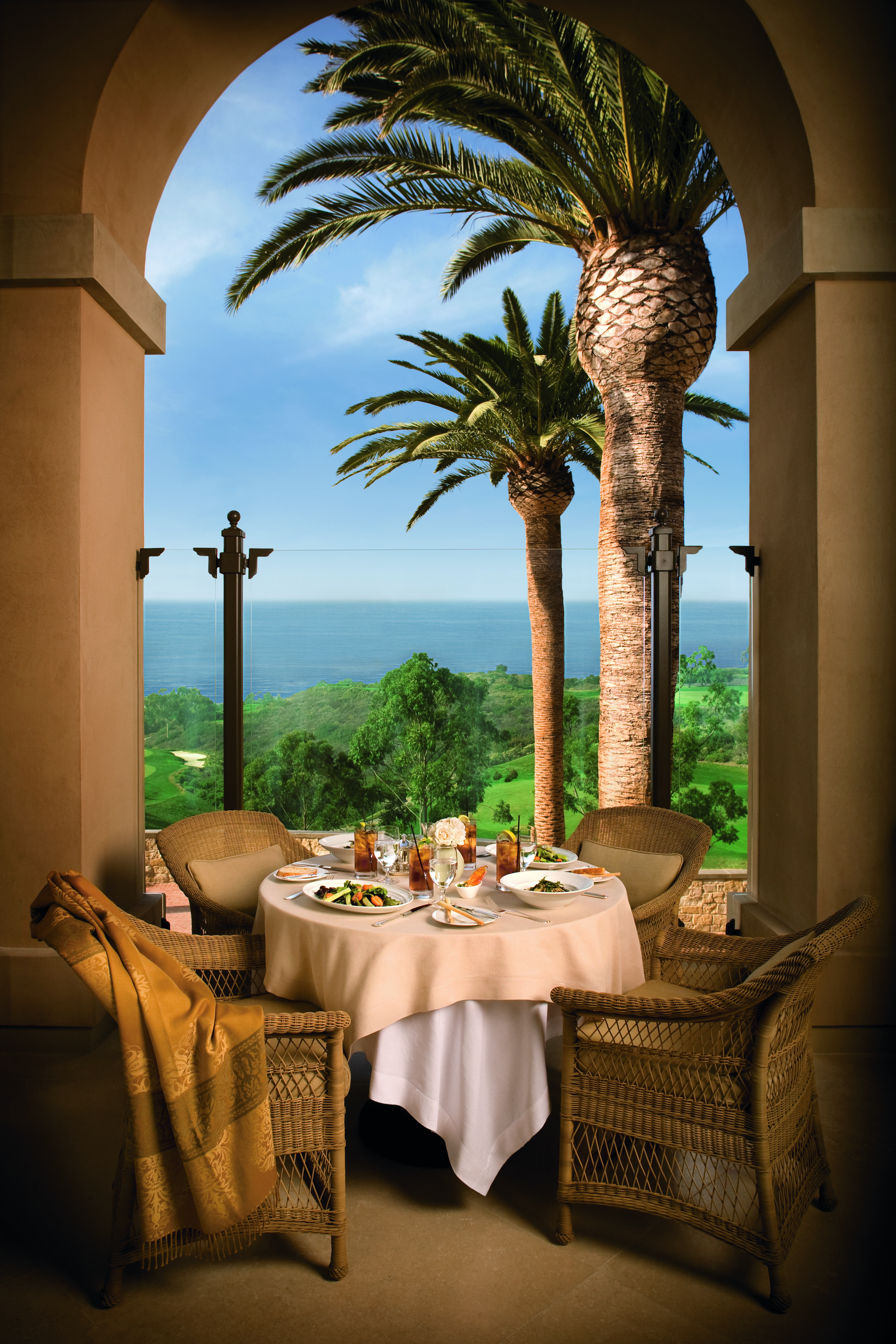 Dining At Pelican Hill Resort