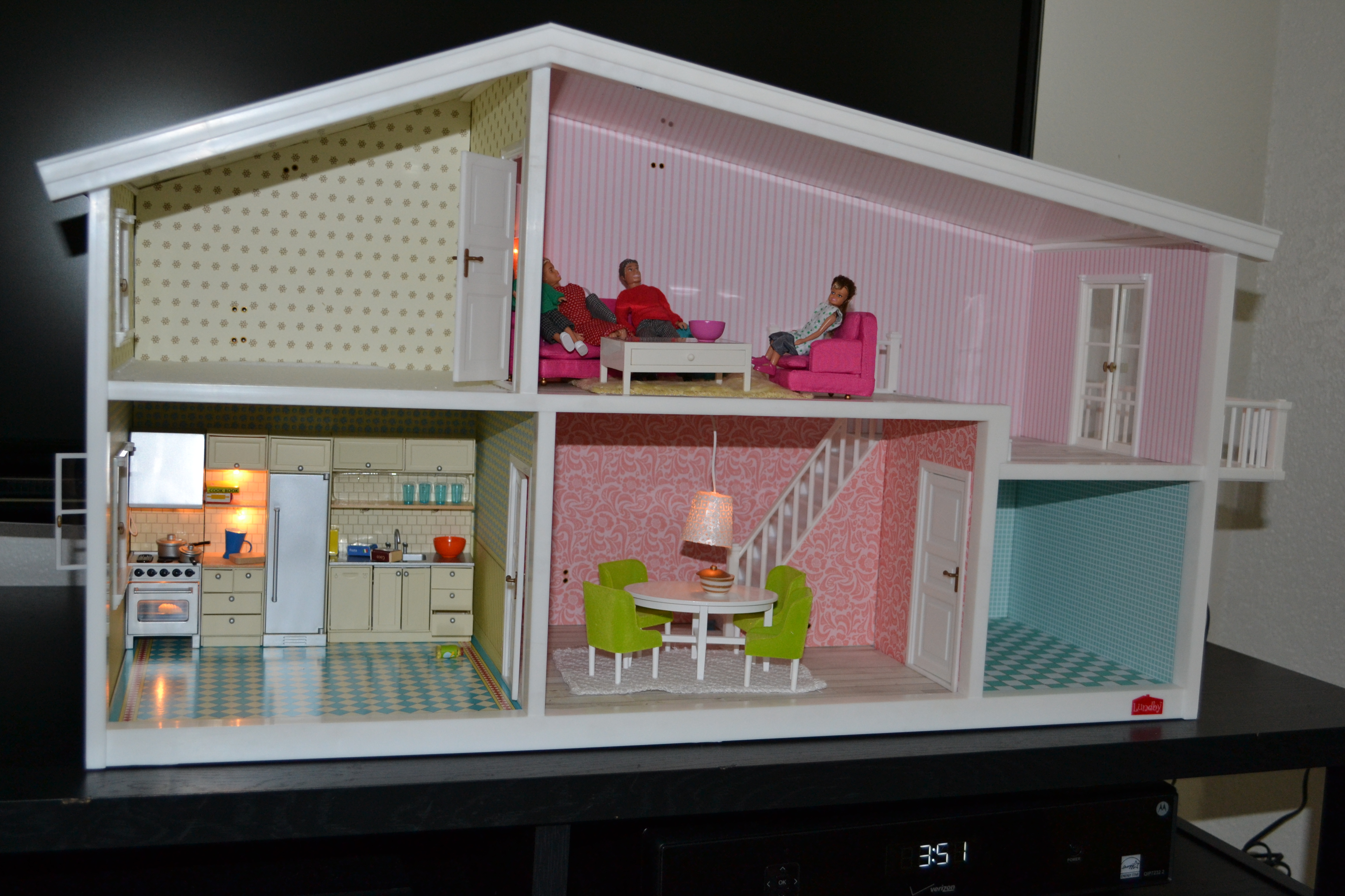 Alistbaby loves lundby dollhouse for Young house love dollhouse