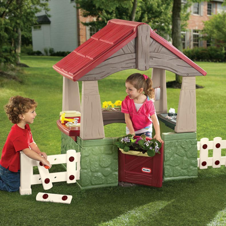 Little tikes home and garden playhouse for Little tikes house