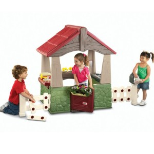 615894_home--garden-playhouse_xlarge